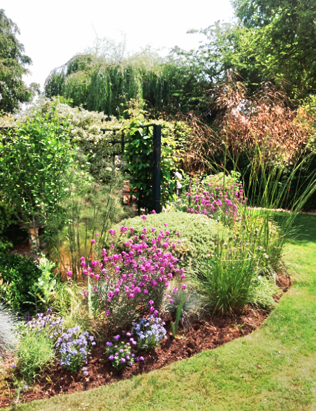 Cottage flower bed | English country gardens | Oxford Garden Design ...