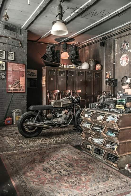 old school garage garage ideas pinterest hobbyraum garage und schuppen. Black Bedroom Furniture Sets. Home Design Ideas