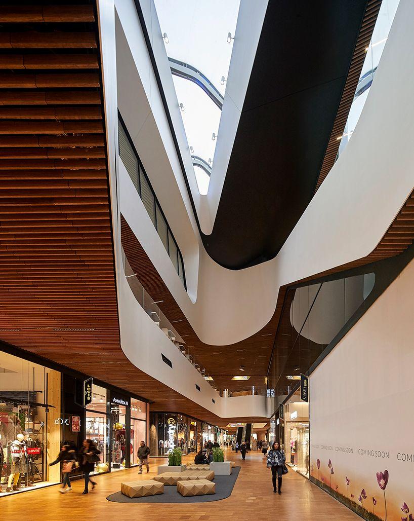 02a9e514bfd shopping complex by zaha hadid architects opens at citylife ...