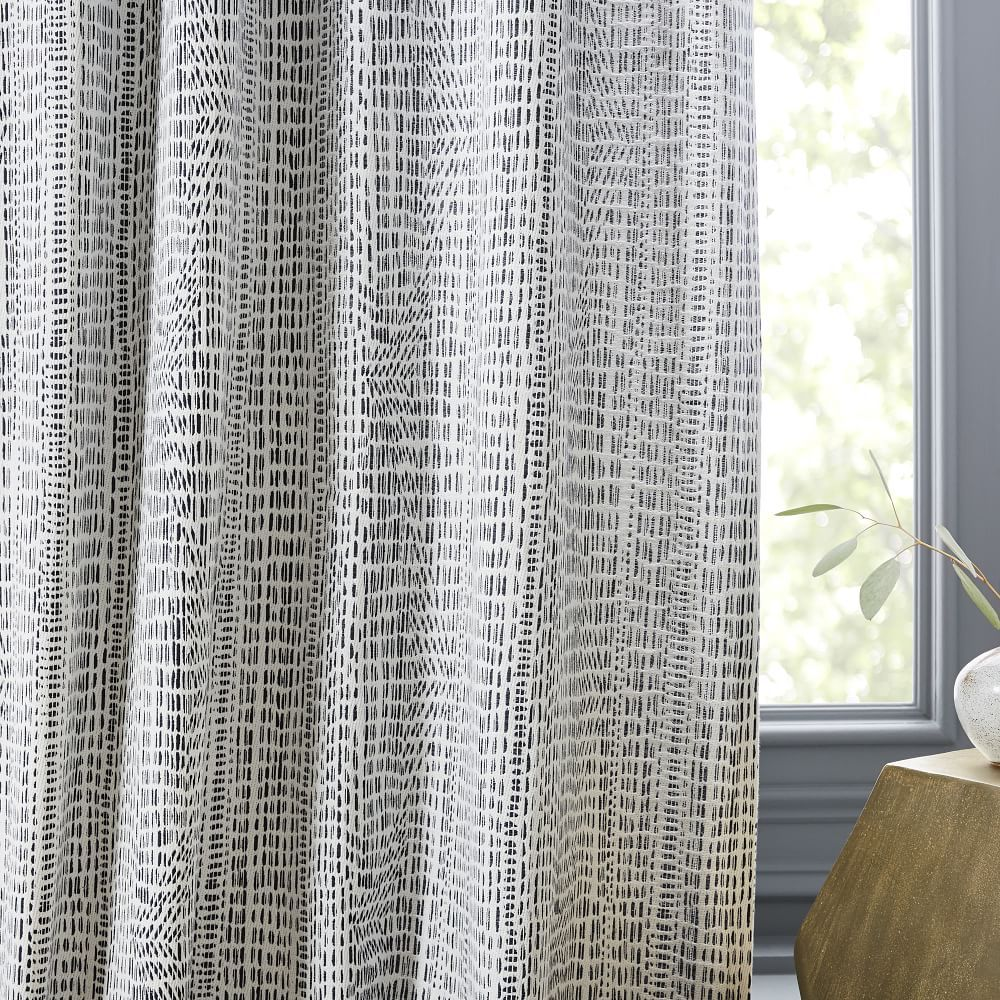 Pin By Gerry Strater On Curtains In 2020 Printed Curtains