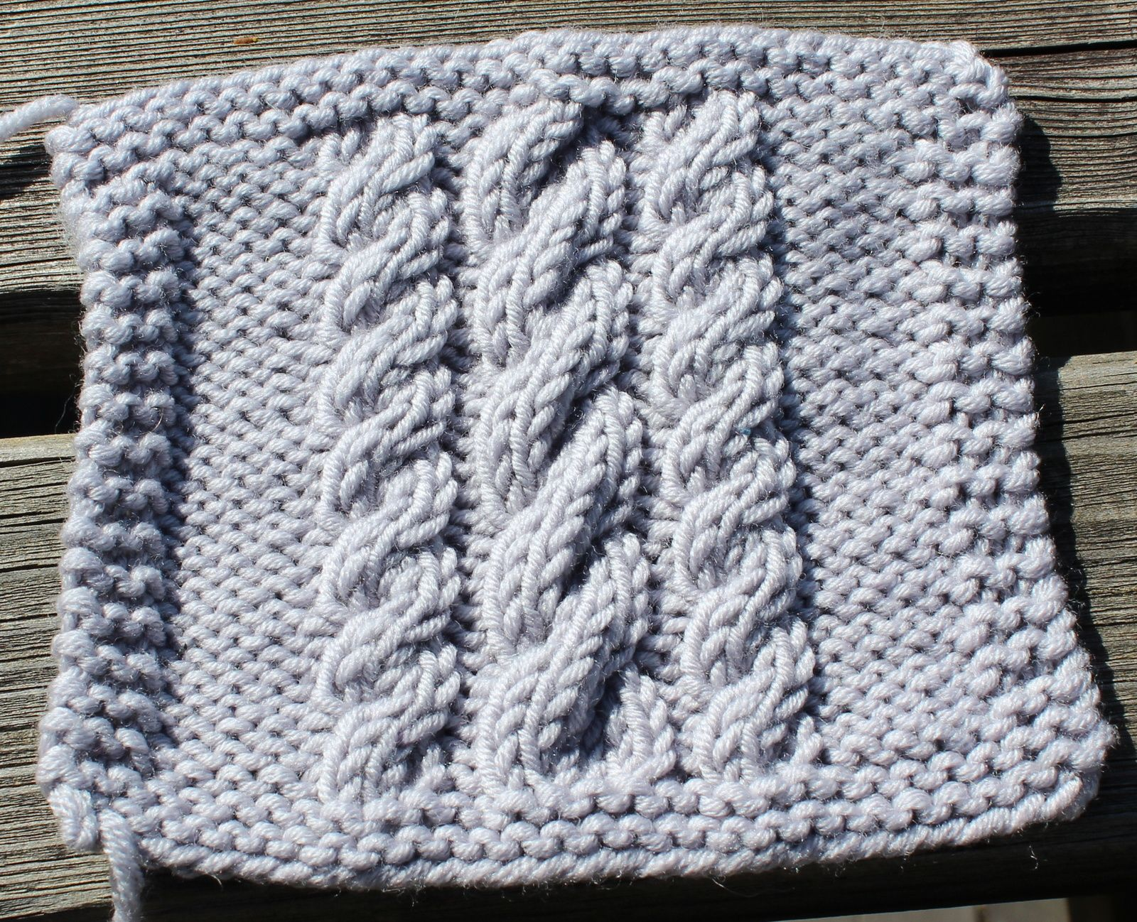 kal boucle d 39 or version b b carr 8 specialite tricot tricot point de tricot et le point. Black Bedroom Furniture Sets. Home Design Ideas