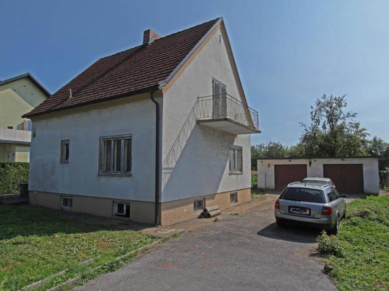 Gelegenheit: Haus Zum Renovieren In Feldkirchen Bei Graz. Preis: 218.000  EUR. Mehr