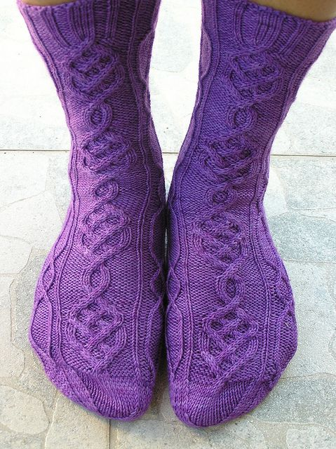 Mile High Club – a free pattern for a pair of knit socks by Taija Elo.