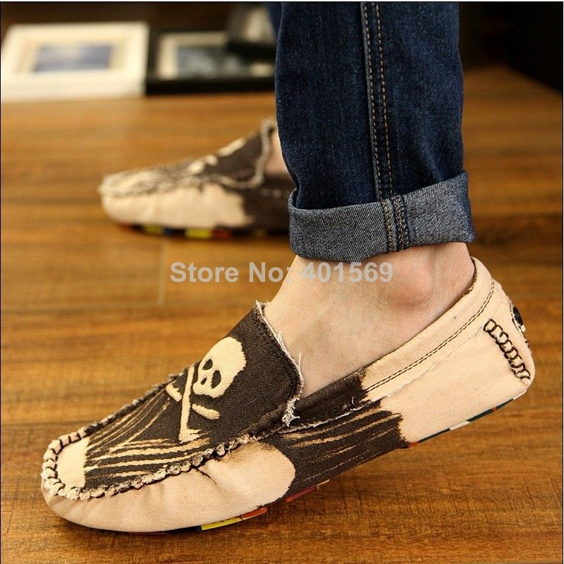 (Buy here: http://appdeal.ru/232l ) 3 Color Eu39~44 2014 Newest Ancient Men Skull Canvas Driving Shoes,Korean Breathable Male Loafer Shoes Flats With Skull Out sole for just US $36.46