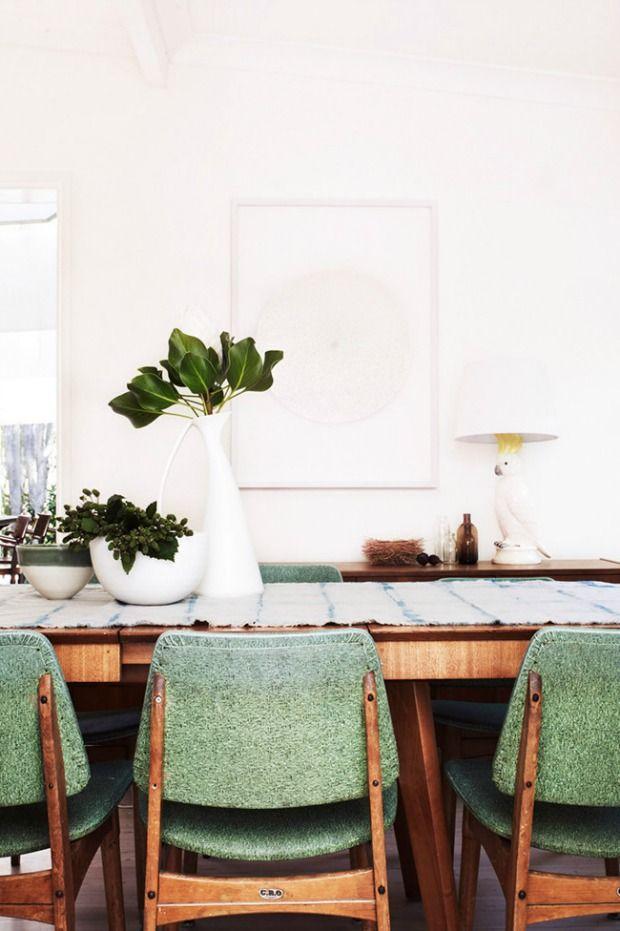 Vintage meubels in huis (Eenig Wonen) - Tweedehands stoelen ...