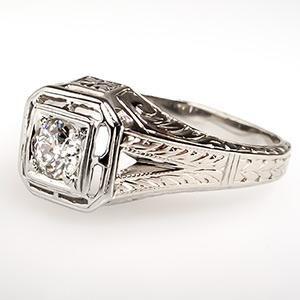 Antique Wedding Band Diamond Ring 18k White Gold 1920 S My Grandma S Wedding Ring Looks Just Like Classic Wedding Rings Men Diamond Ring Antique Wedding Rings