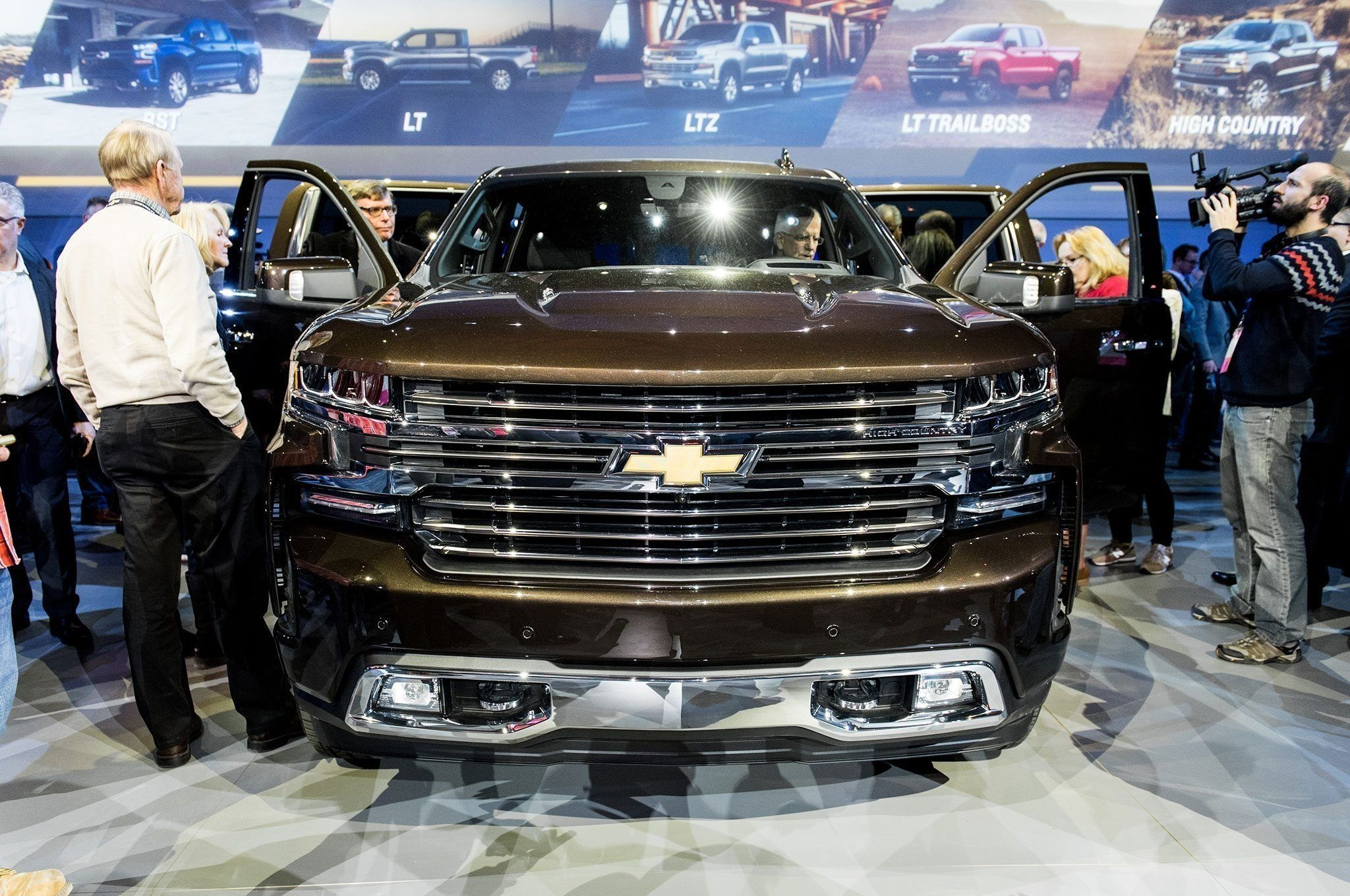 2020 Chevy Tahoe Z71 Ss Ratings