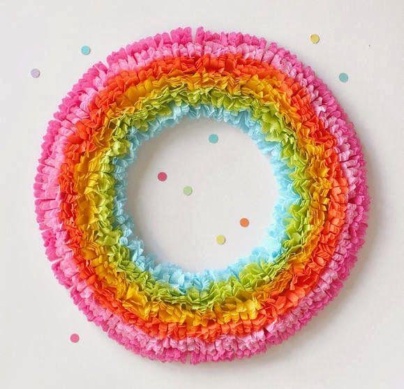 rainbow-crepe-paper-wreath.jpg 579×558 pikseli