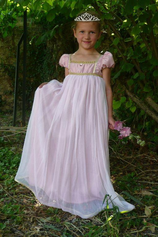 robe de princesse jos phine kost my pinterest costumes communion and tricot crochet. Black Bedroom Furniture Sets. Home Design Ideas