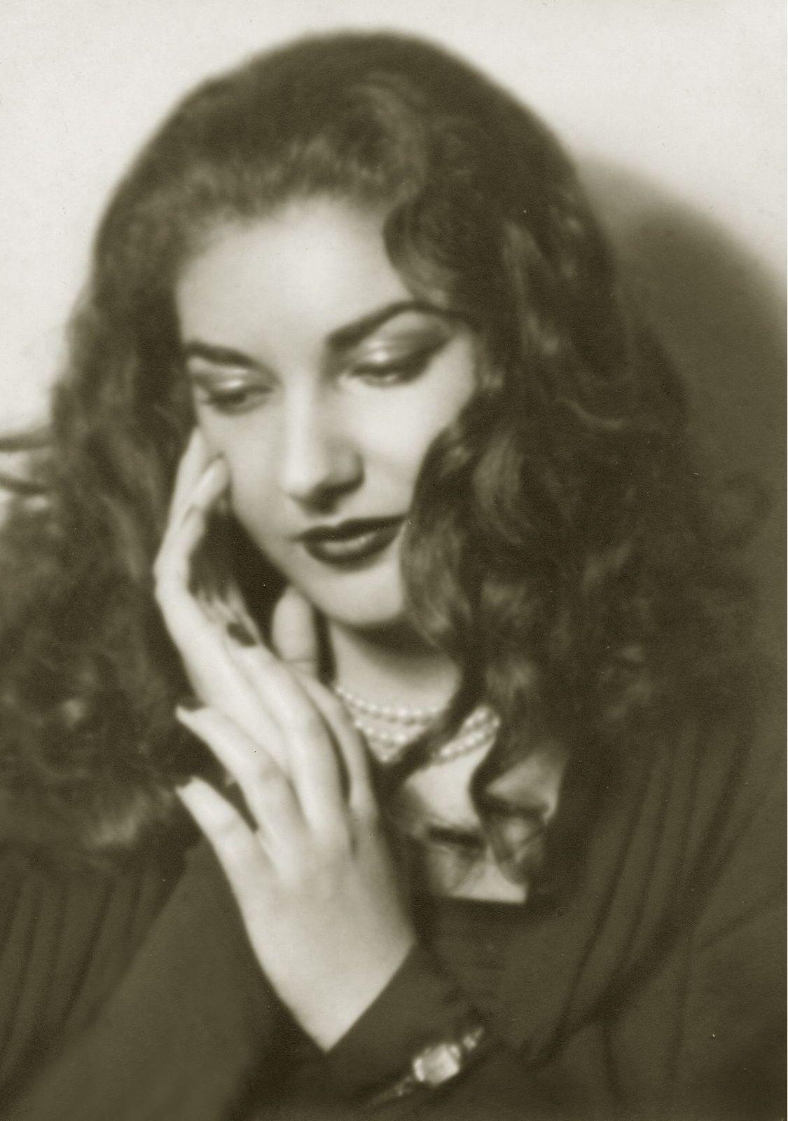 Young Charming Maria Maria Callas She Walks In Beauty Maria