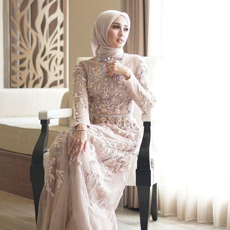 Model Baju Gamis Brokat Untuk Orang Gemuk Pendek | Pakaian ...