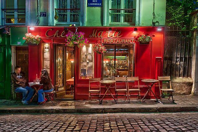 romantic evening in Montmartre at restaurant Chez Marie