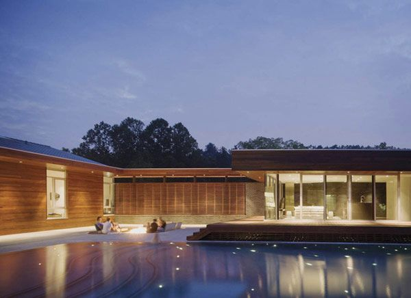 U-Shaped Residence in Missouri With a Spectacular Outdoor Courtyard #architecture