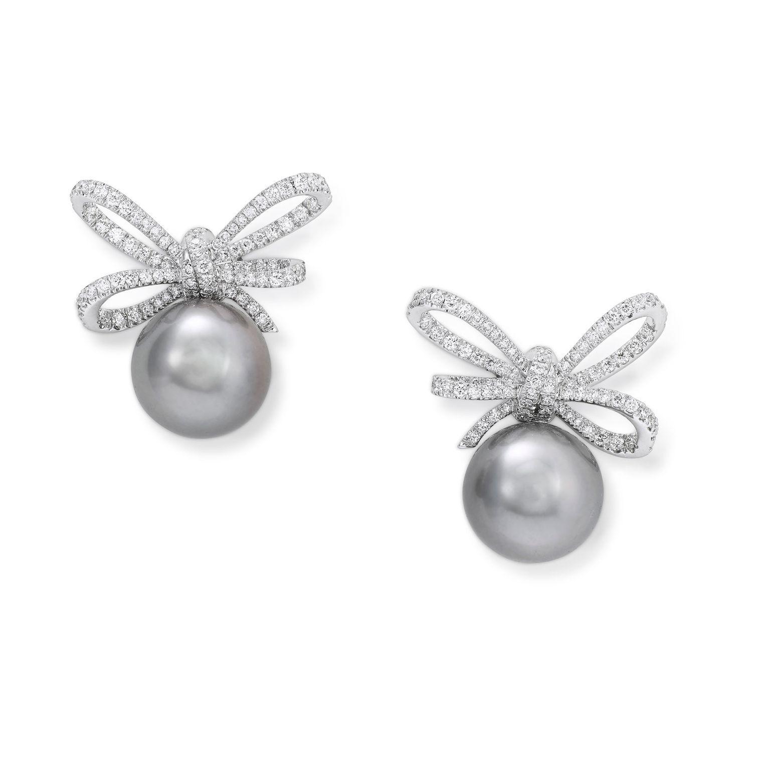 Vanleles Lyla's Bow Tahitian Pearl Earrings