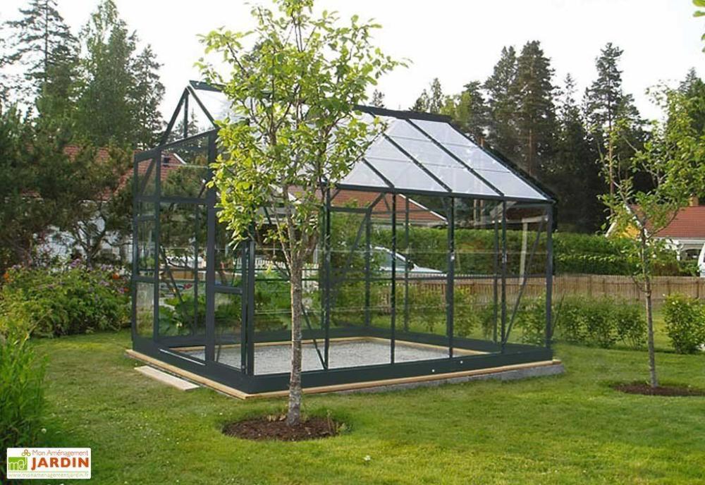 Serre De Jardin En Verre Trempe Grise Avec Base 7 42 M En 2020 Avec Images Serre Jardin Chalet De Jardin Serre En Verre
