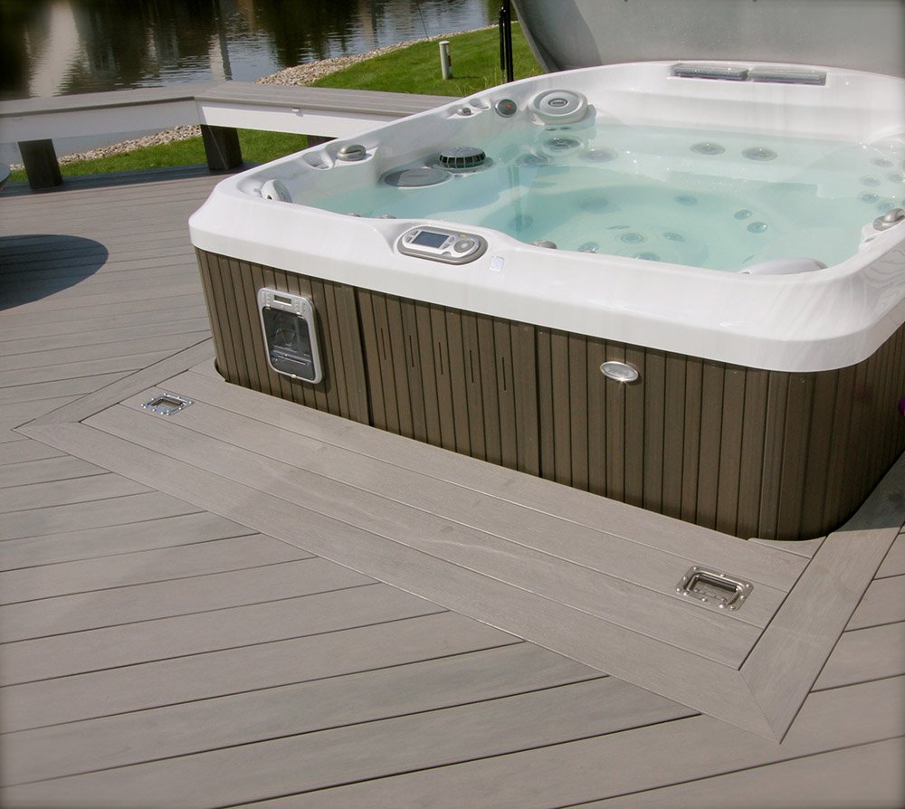 Custom Hot Tubs And Outdoor Living Signature Decks In 2020 Hot Tub Custom Hot Tubs Tub