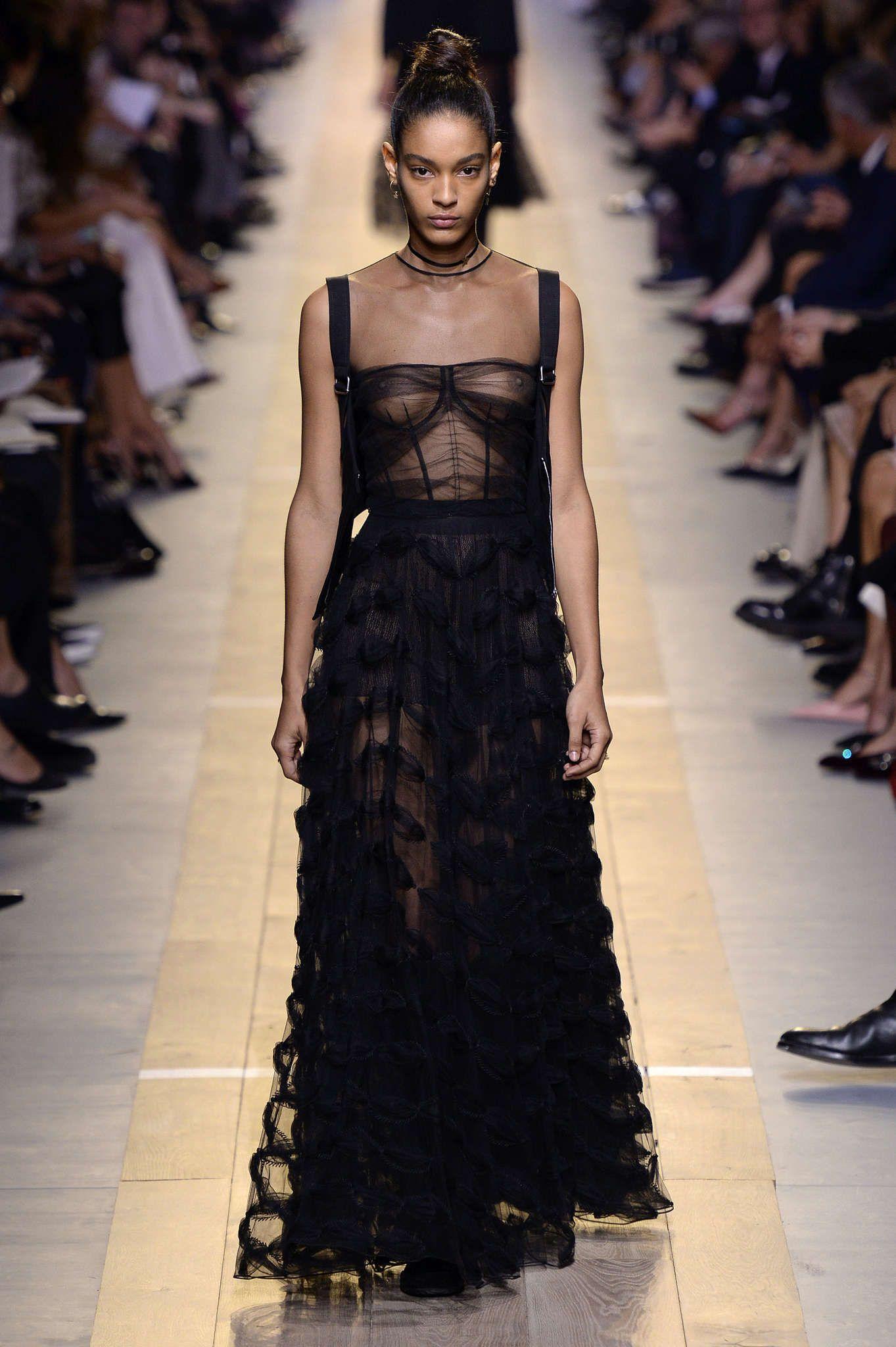 christian dior printemps et 2017 womenswear fashion. Black Bedroom Furniture Sets. Home Design Ideas