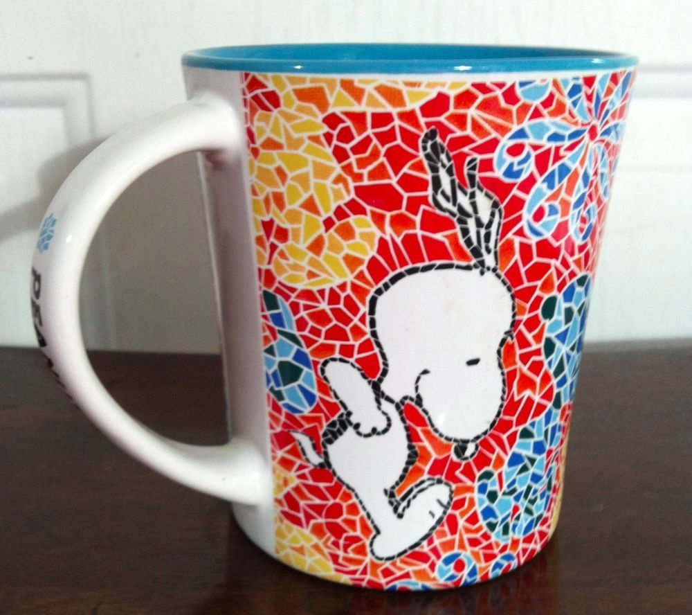 15 ounce coffee cup/mug featuring Snoopy from the Peanuts Gang. Inside of the cup is a teal blue color. | eBay!