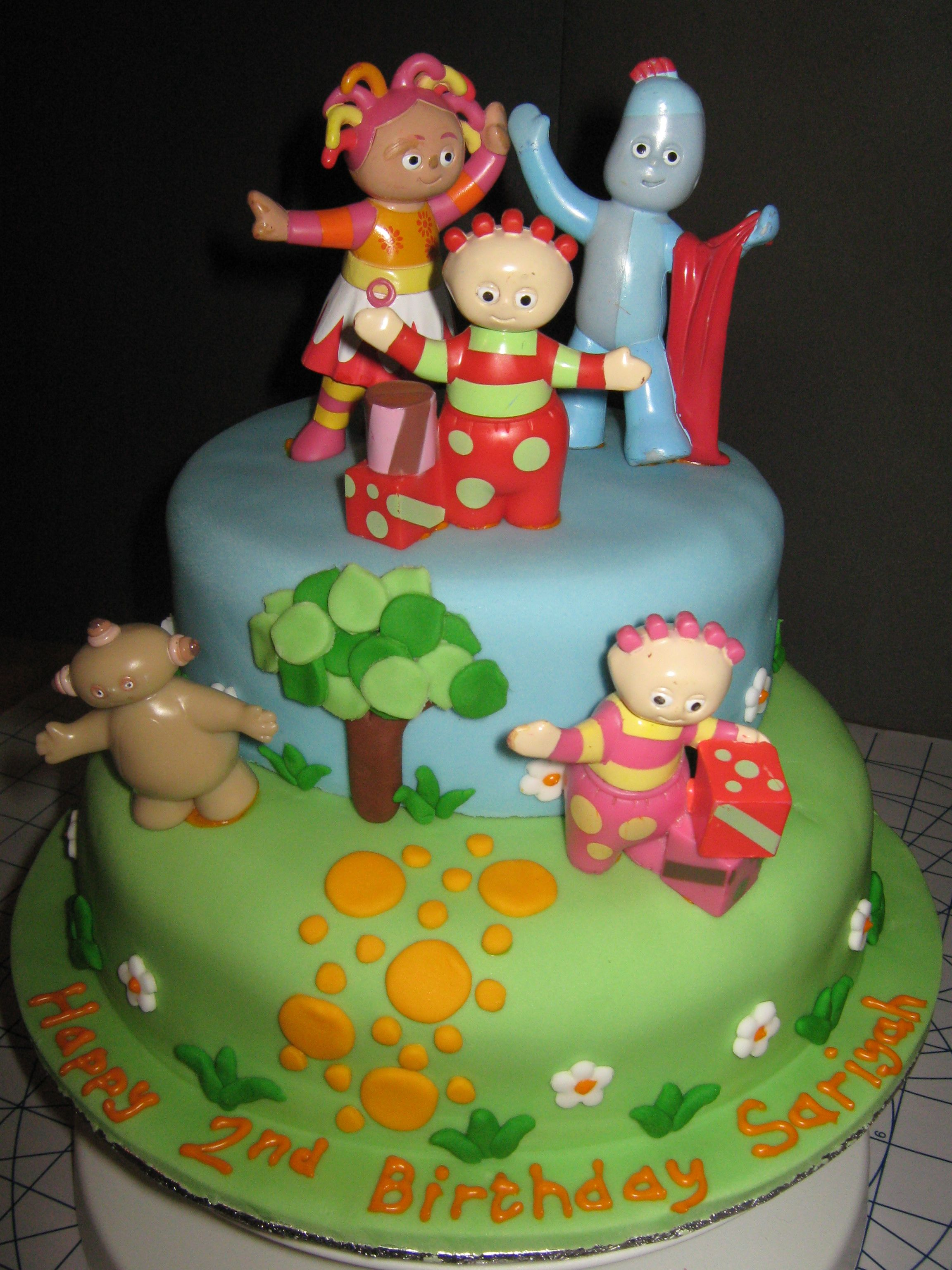 Novelty Cakes - Bing Images | CAKES AND DERESTS | Pinterest | Night ...