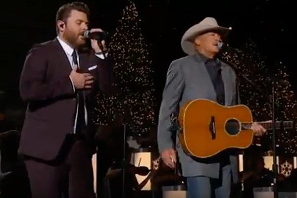 Your Christmas Gift: Chris Young and Alan Jackson Singing 'There's a New Kid in Town' [Watch ...