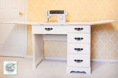 šitie stôl otvorený maľované