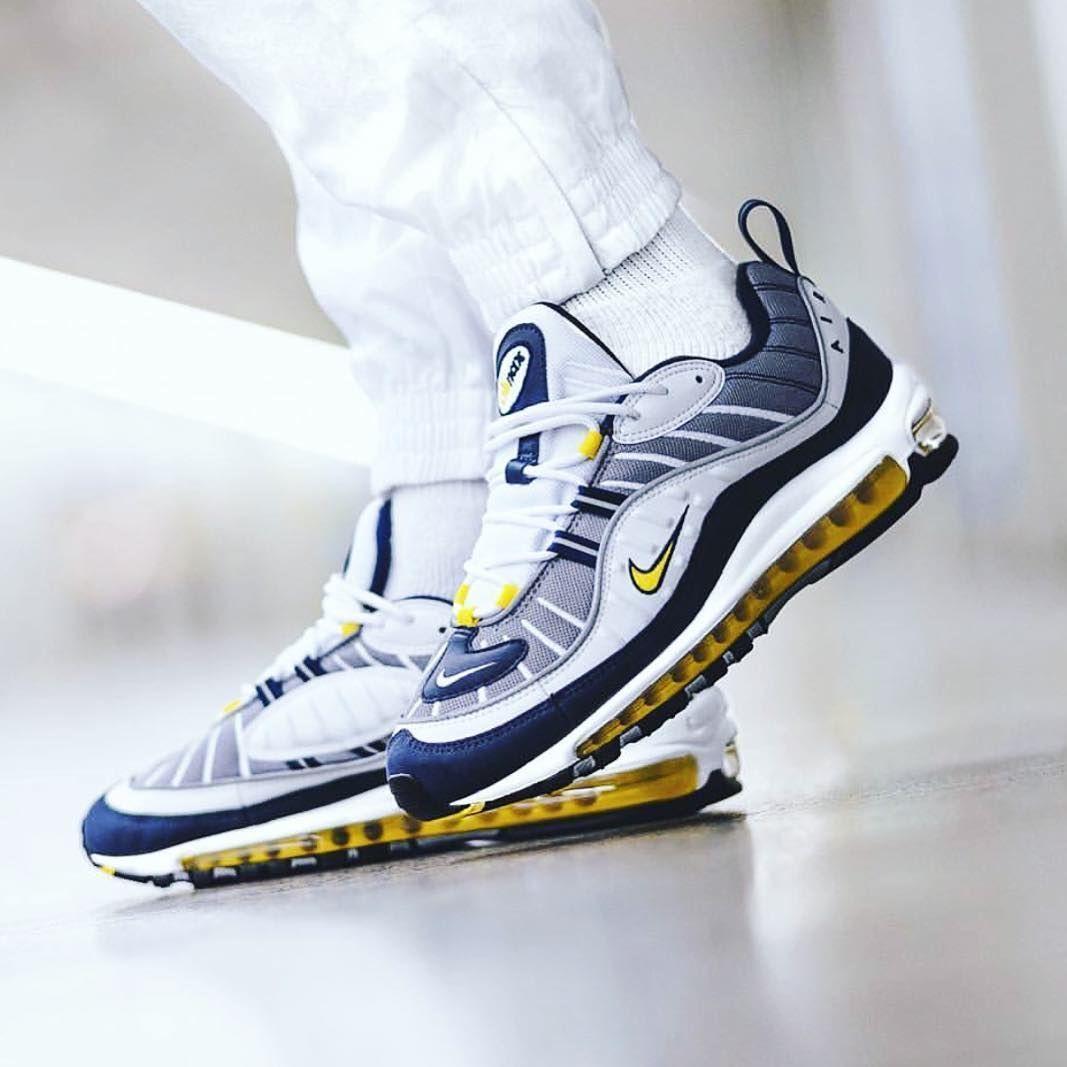 9b90afa6ea Sneakers N Stuff, Air Max Sneakers, High Top Sneakers, Sneakers Nike,  Sneaker