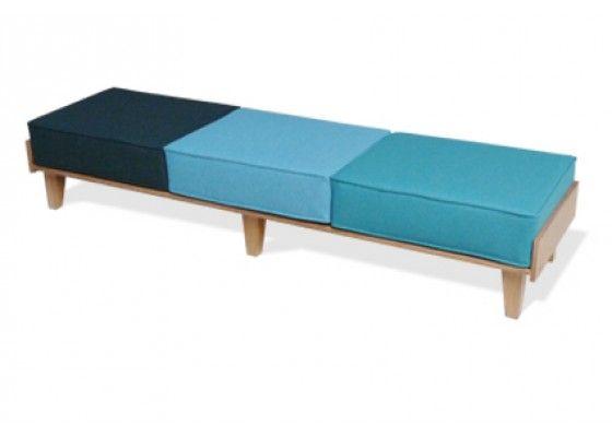 bank mit polster wohn design. Black Bedroom Furniture Sets. Home Design Ideas