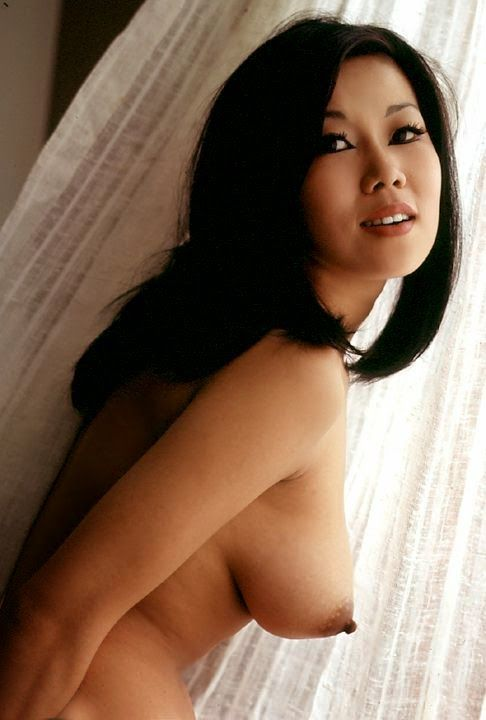 free-asian-playboy-pic-when-a-girl-is-suffering-from-period-pussy
