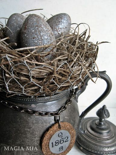 Magia Mia: Elegant Chicken Wire Nest Creations