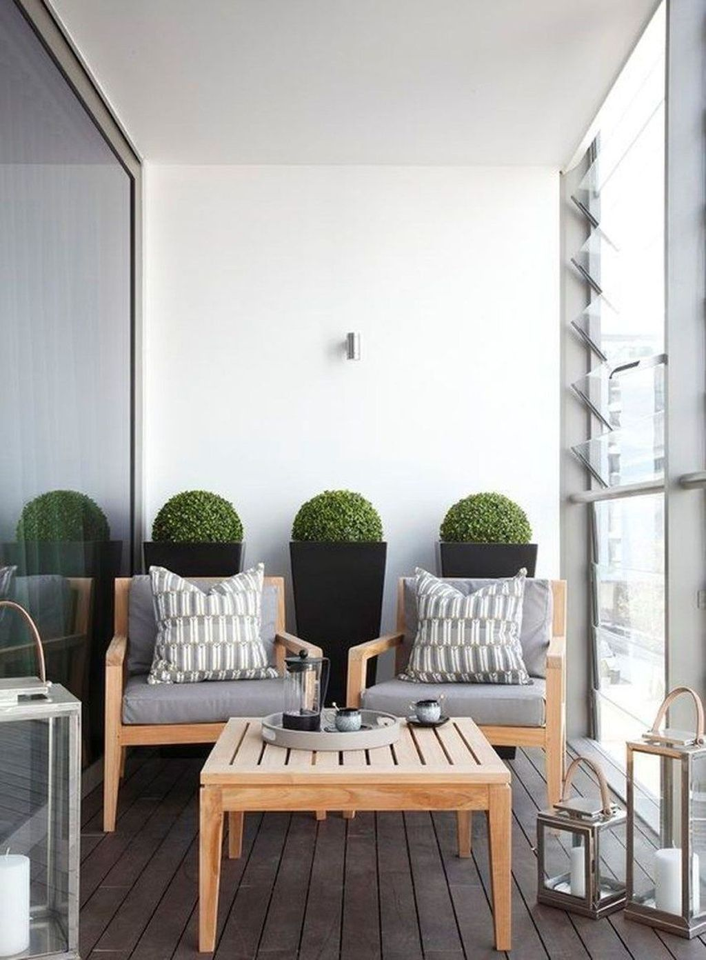 45 Awesome Small Balcony Ideas For Apartment #apartmentbalconydecorating