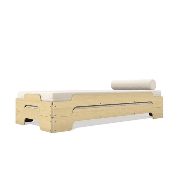 De Rolf Heide cama apilable (1966) un clásico moderno. Con un diseño atractivo y atemporal. Acabados lacados y en diferentes chapas de madera.