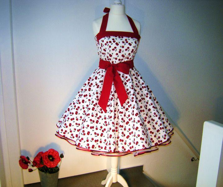 Farb  Und Stilberatung Mit Www.farben Reich.com   Kirschen  Kleid