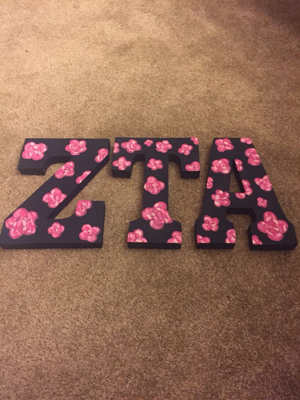 ZTA letters! I love the roses.