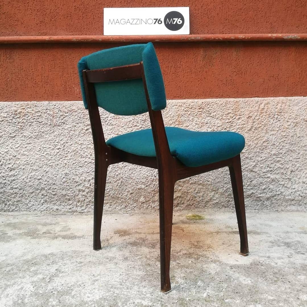 Una sedia da scrivania in palissandro massello con seduta ...