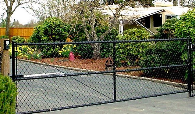 Chain Link Driveway Gates Google Search Black Chain Link Fence