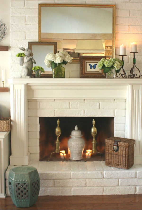 18 Spring Mantel Decorating Ideas Youu0027ll Want to Copy Chimenea - manteles decorados