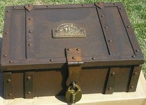 Old West Western Metal Stagecoach Strong Box Trunk