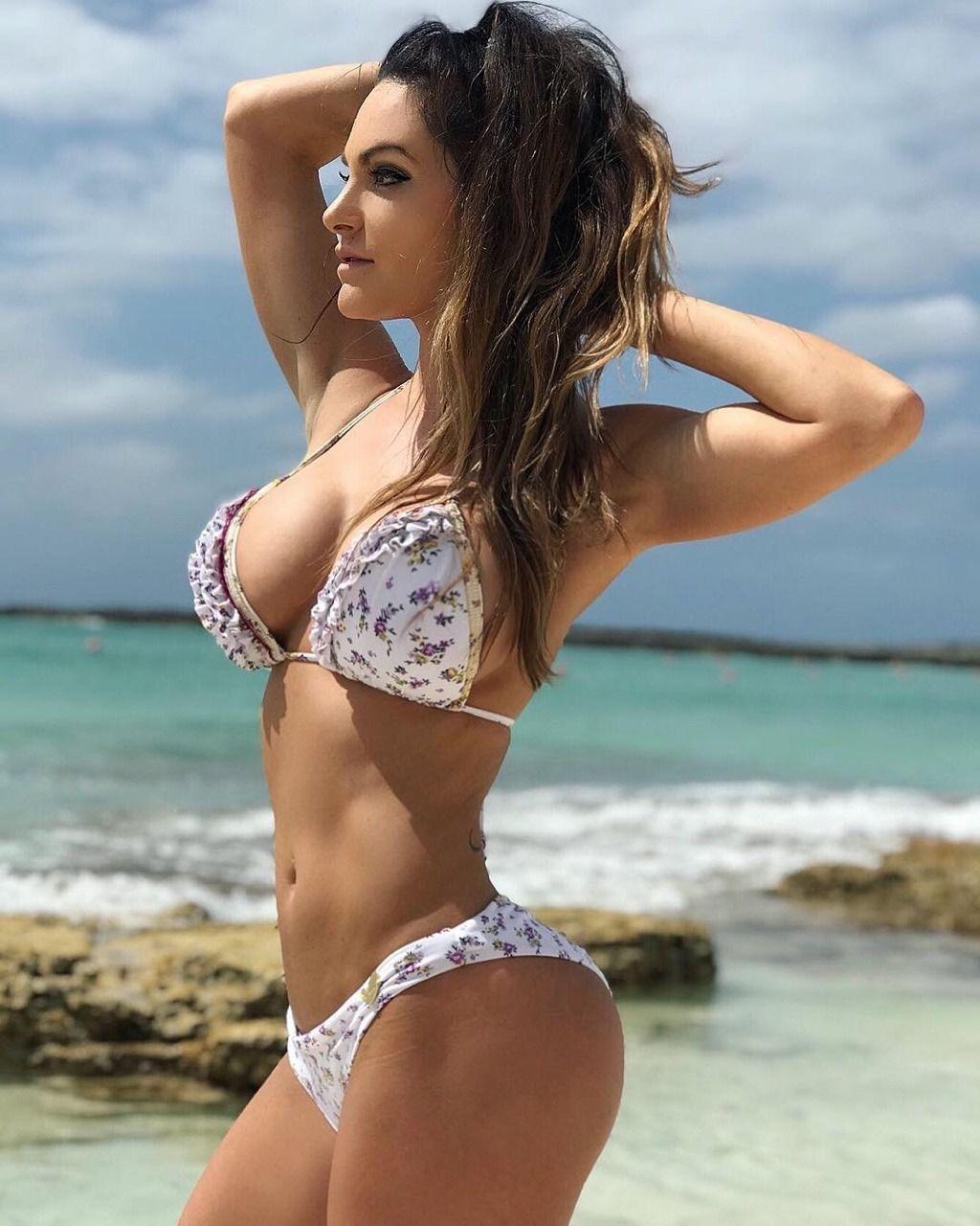 b9feec194 The Gym Babe | mamis!! | Chicas en bikini, Mujeres más sexys y ...