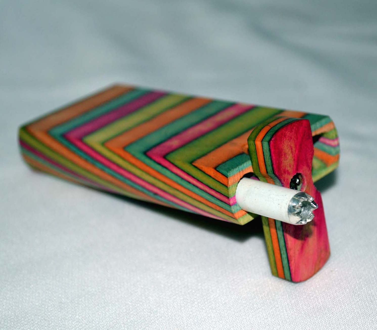 MULTI COLOR WOOD DUG OUT WITH HITTER PIPE