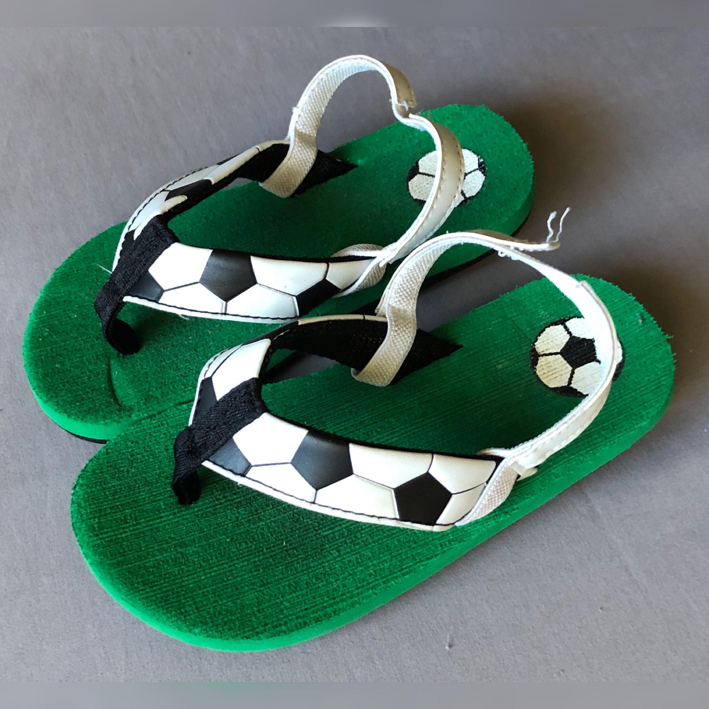 8beeb8c5a Toddler Boy's Soccer Flip-Flops | Raquel's Repeats | Christmas ...