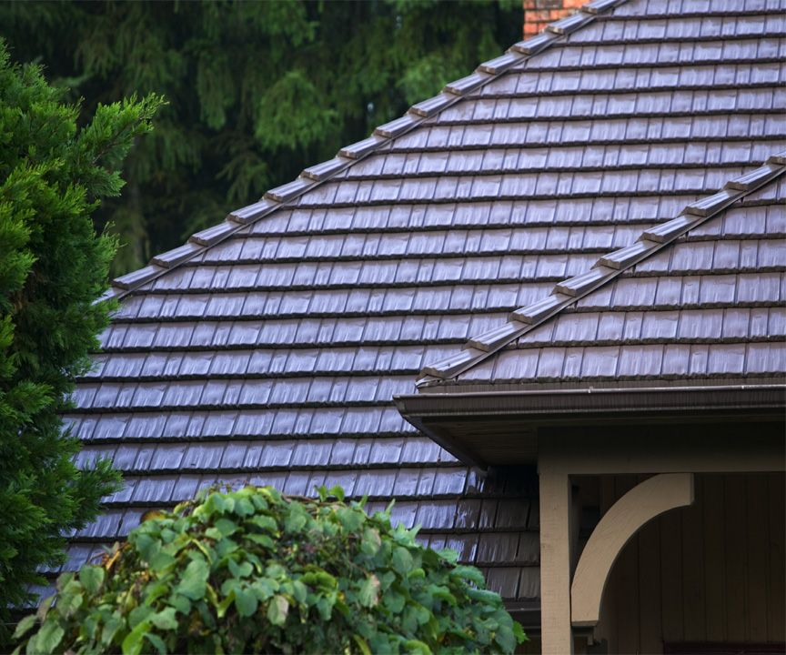 Top Reasons Metal Roofing Is In This Year There Are Plenty Of Options To Consider When It Comes To Re Roofing Metal Shingles Metal Roofing Systems Metal Roof