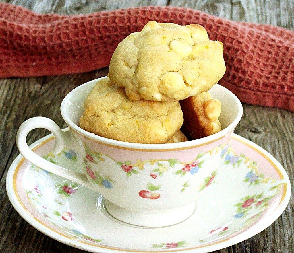 Orange & White Chocolate Chip Cookies | www.diethood.com
