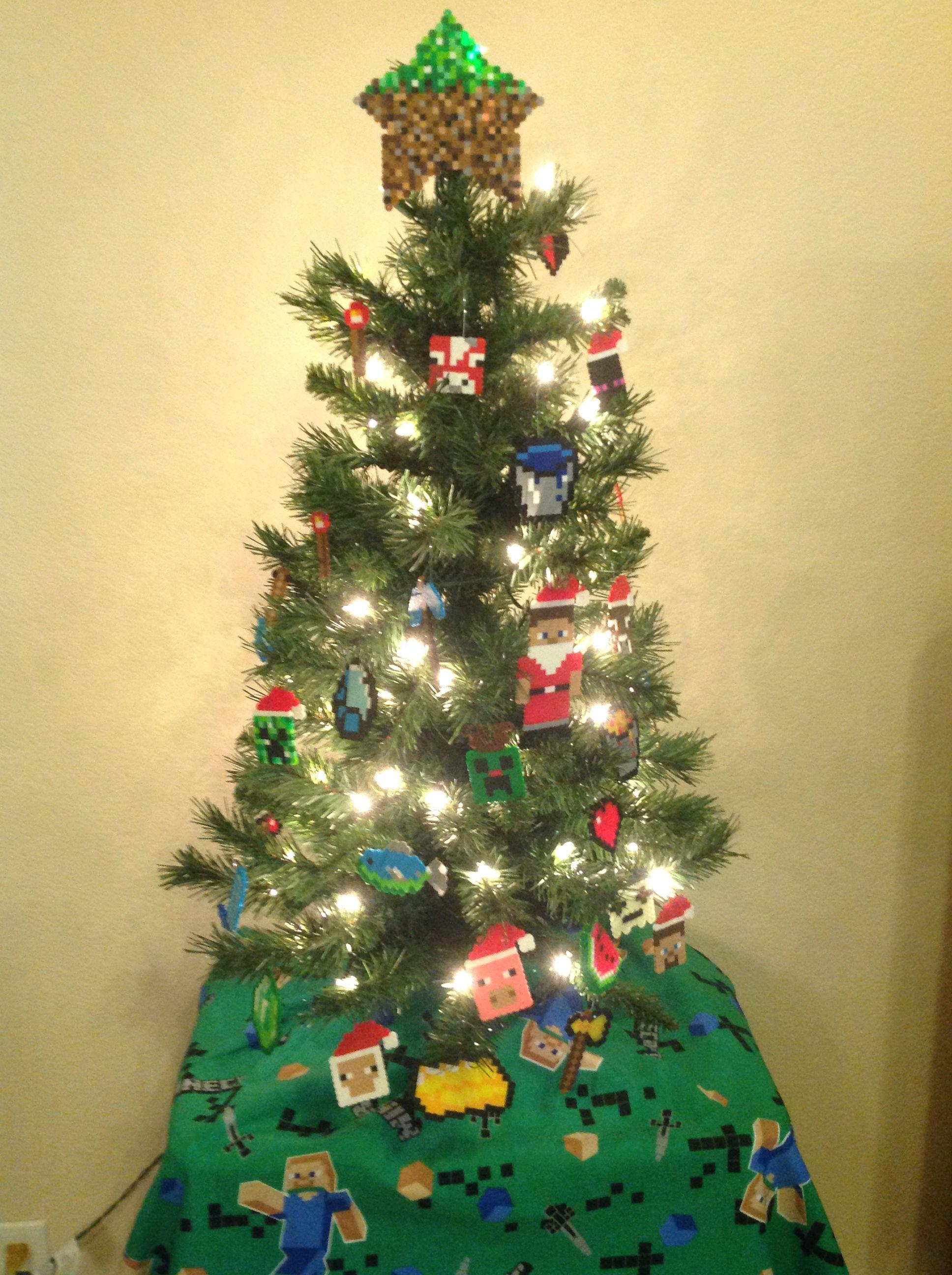 Minecraft Christmas Tree.Minecraft Steve Creeper Ghast Diamond Sword Picaxe Santa