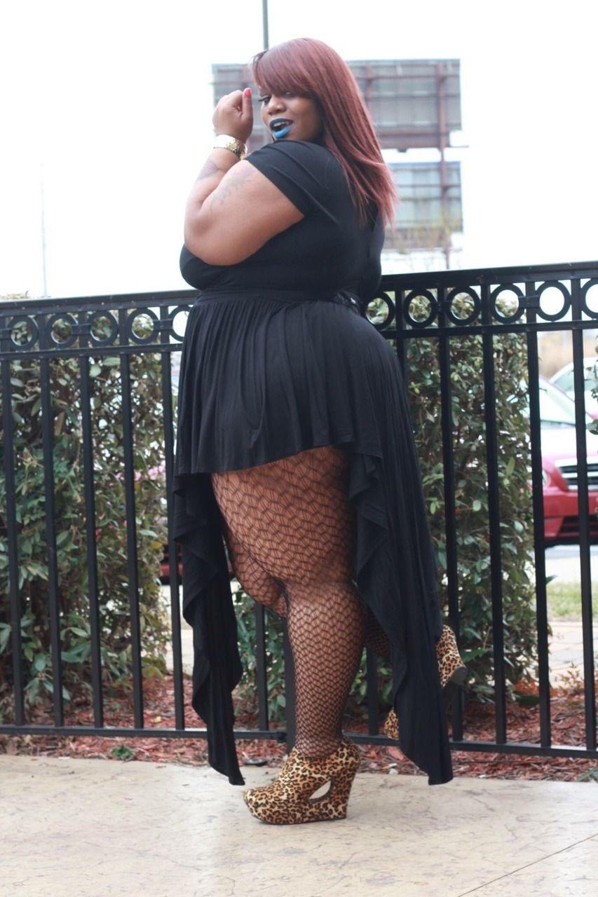 Warum hassen alle Laci? Wie alle Top-Kommentare sagen, wie sie an Gewicht zugenommen hat?
