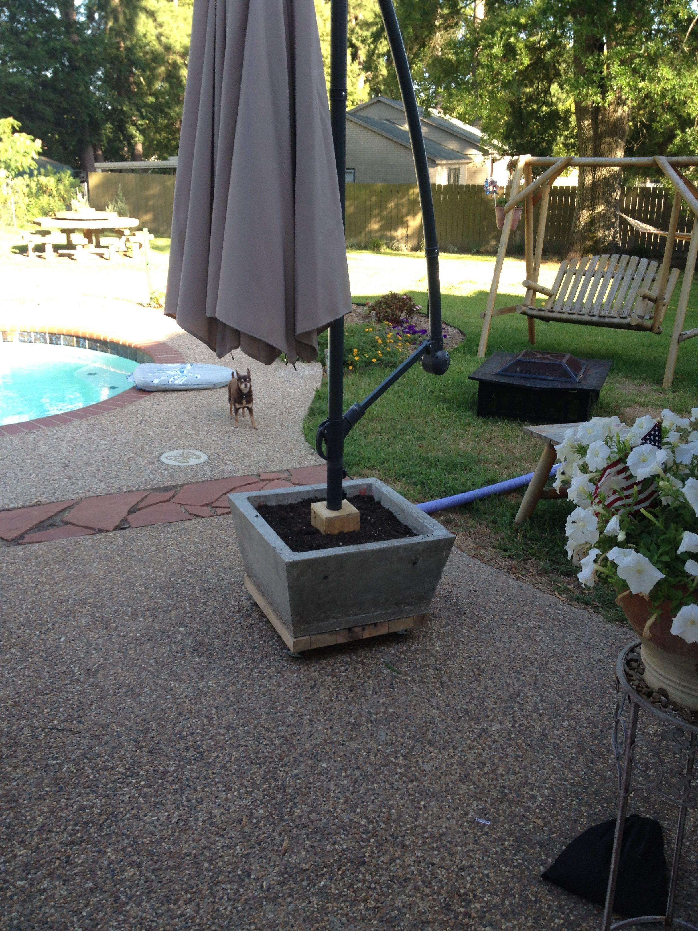 Concrete Planter Base For Offset Patio Umbrella Offset Patio Umbrella Patio Umbrella Stand Outdoor Umbrella Stand