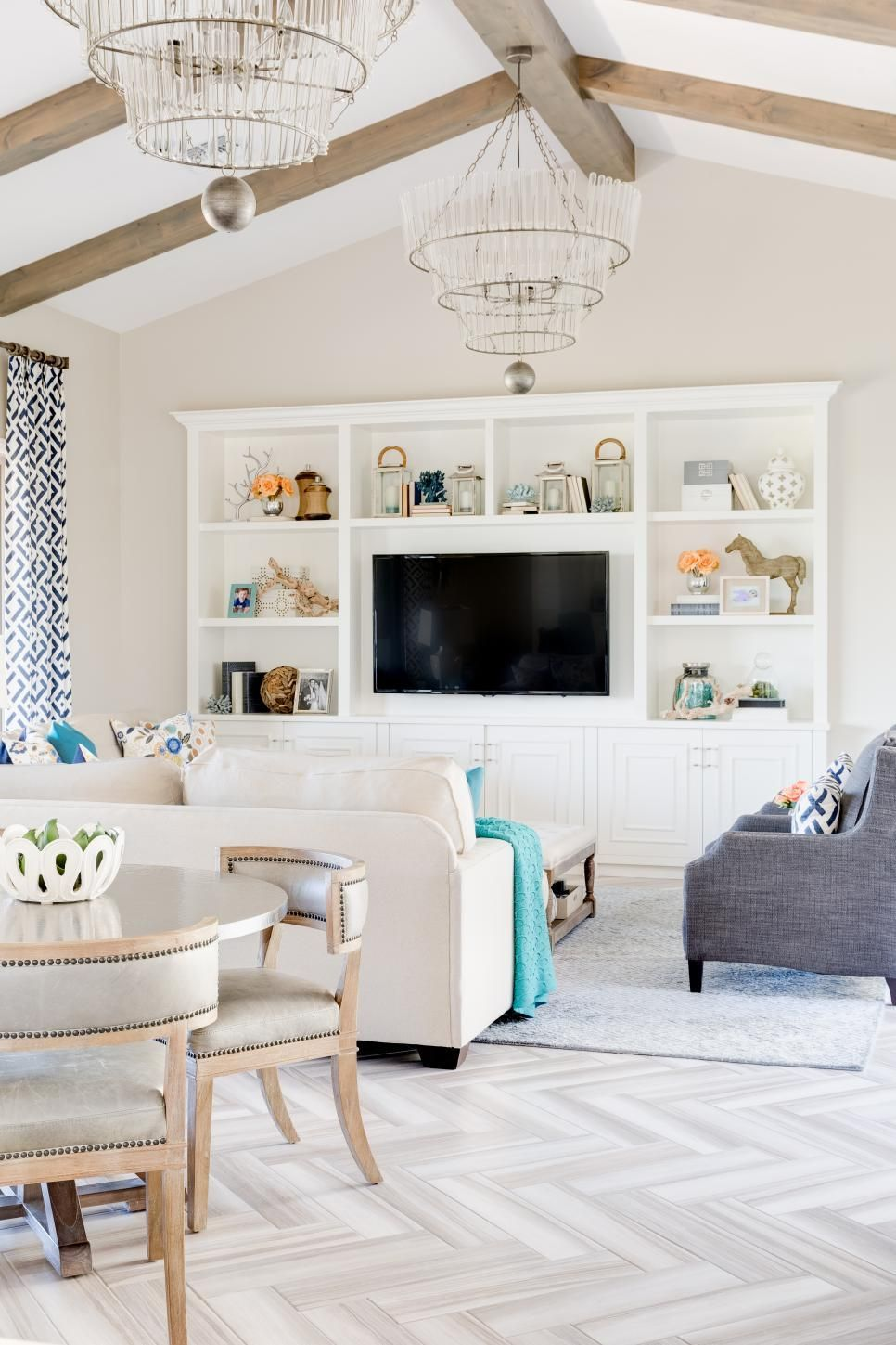 14 Ways To Decorate With Alabaster White Via Hgtv Vaulted