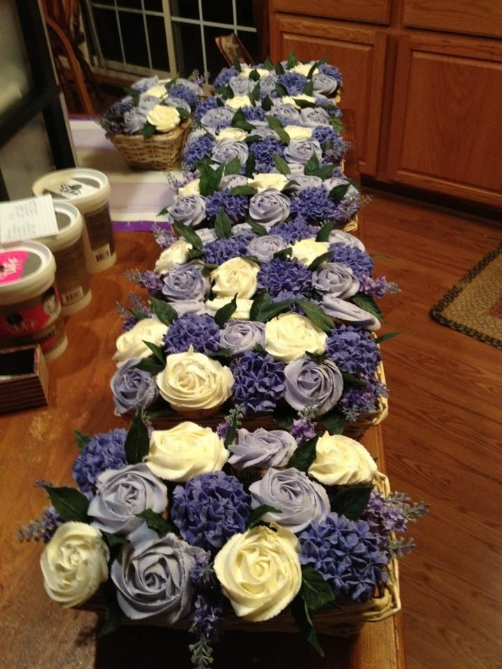 Shower Bridal Bouquets Instead Of Using The Typical Table Centerpieces That You Find At A This Creative Bride Chose Edible Flower