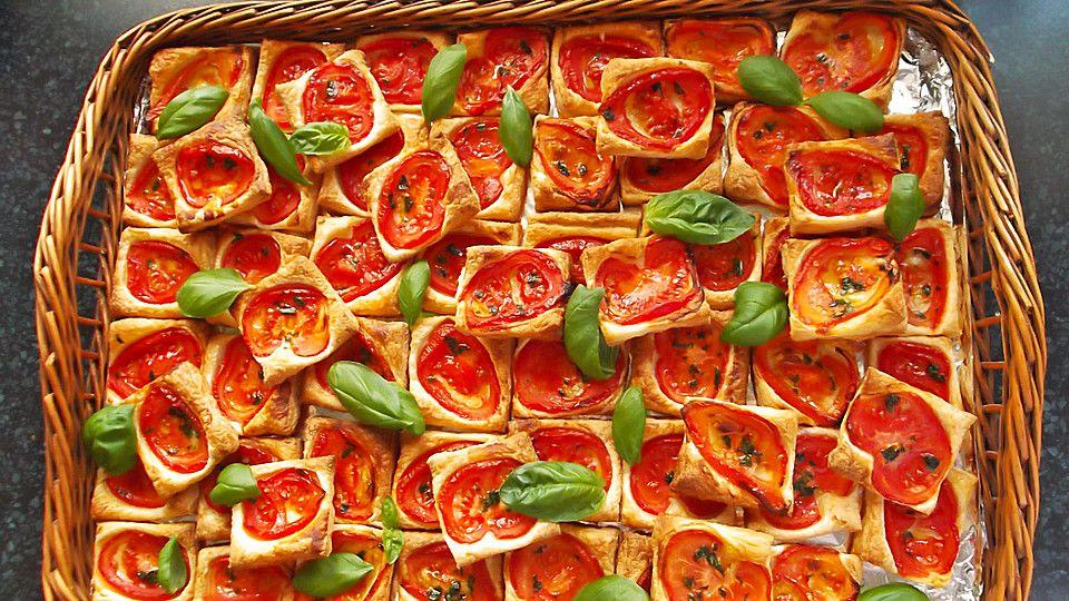 bl tterteig tomaten quadrate ideen f r buffet pinterest bl tterteig quadrate und gute. Black Bedroom Furniture Sets. Home Design Ideas