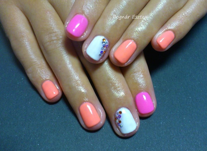 Neon nails | www.facebook.com/be.manicure | Pinterest | Neon nails ...