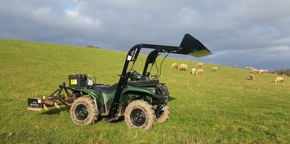 Four Wheeler Hydraulics : Atv hydraulic attachments with front mounted loading